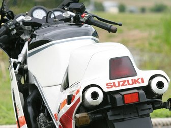 SUZUKI RG500Γ '85 スズキ ガンマ 02.jpg